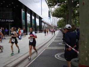 Frankfurt City Triathlon 2011last round running