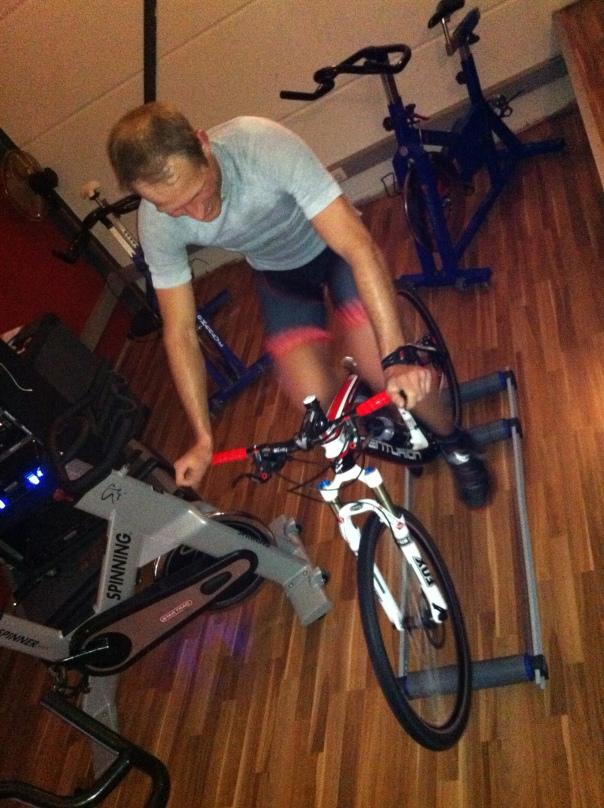 Tobias Ullmann indoor training